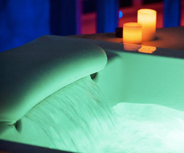 Waterfall Therapy Bathtub