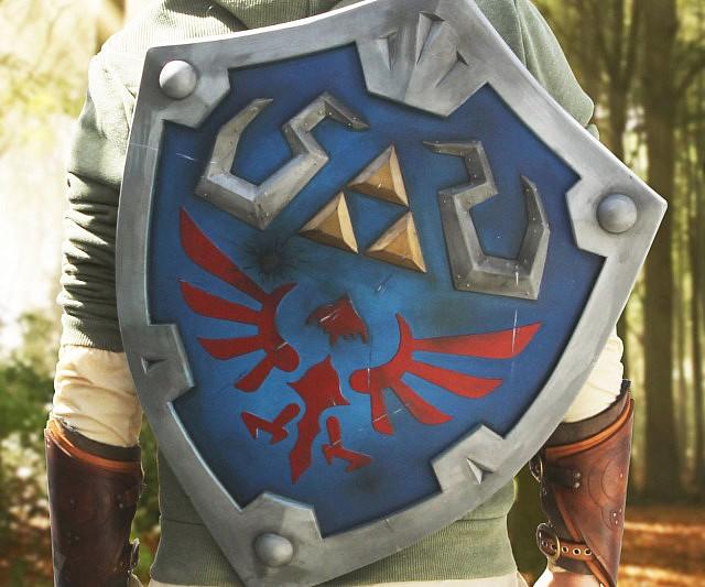 Legend Of Zelda Hylian Shield 13c041f69fb1