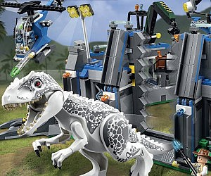 Jurassic World LEGO Set
