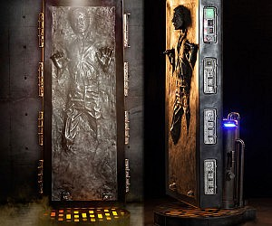 Life Size Han Solo Frozen In Carbonite