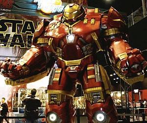 life size hulkbuster statue