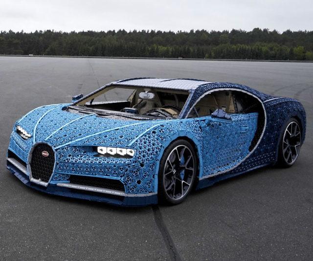 Bugatti Divo Blueprint