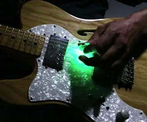Light Up Guitar Pick