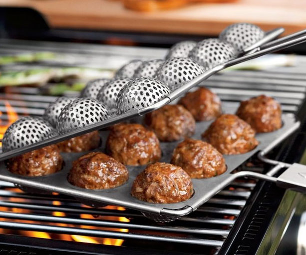 BBQ Meatball Grilling Basket