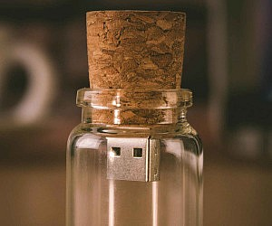 Message In A Bottle USB Flashdrive