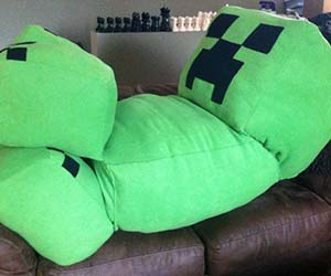 Minecraft Life-Size Creeper