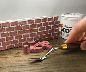Mini Red Construction Bricks