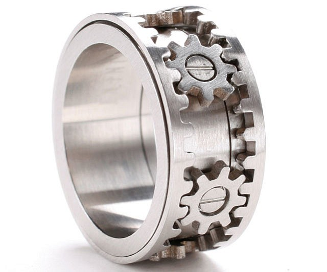 moving gears ring - Gear Wedding Ring