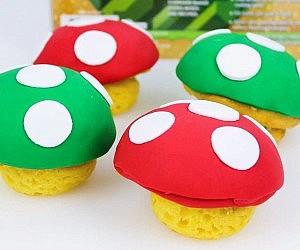 Super Mario Mushroom Cupca...