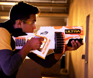 NERF Ultra One Motorized B...