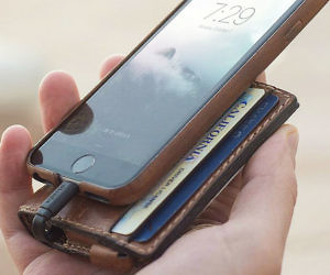 Charging Leather Wallet