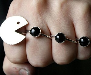 Pac-Man Hand Ring