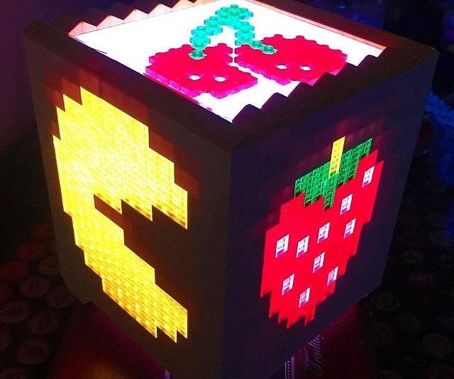Pac Man LEGO Light