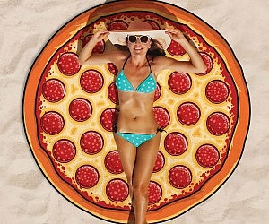 Pepperoni Pizza Beach Blan...