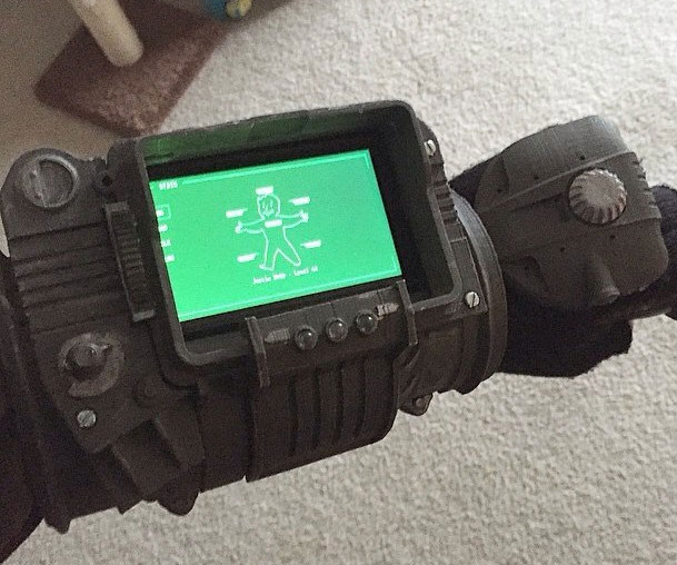 iphone pip boy pip boy diy easy diy do it your self 8453