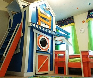 Fabulous Clubhouse Bunk Bed