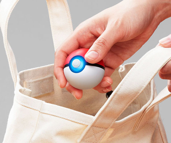 Nintendo Poke Ball Plus