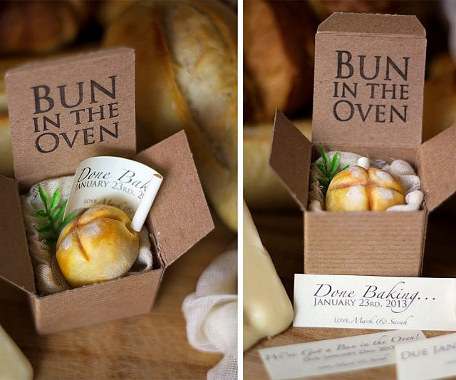 Announcement Boxes – Bun in the Oven Baby Announcement