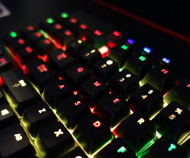 318929614ff Programmable LED Gaming Keyboard