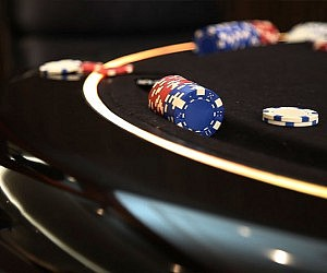 Quick Changing Poker Dinner Table