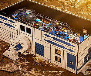 R2-D2 Pinball/Coffee Table