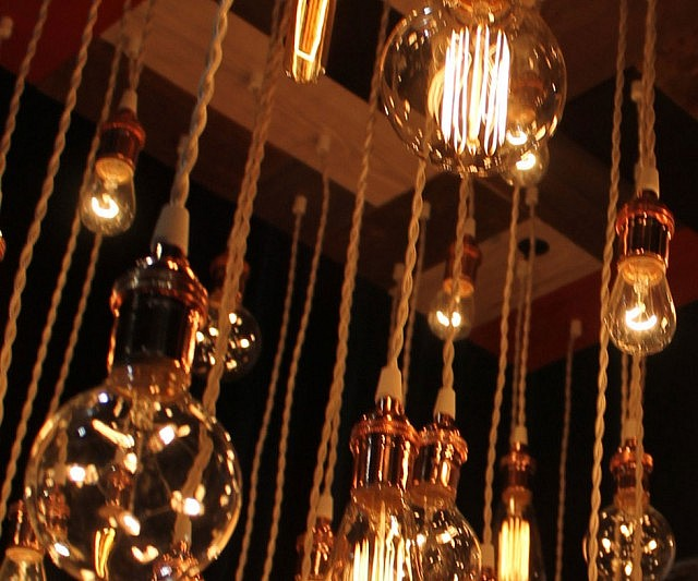 Stunning Vintage Light Bulbs Chandelier