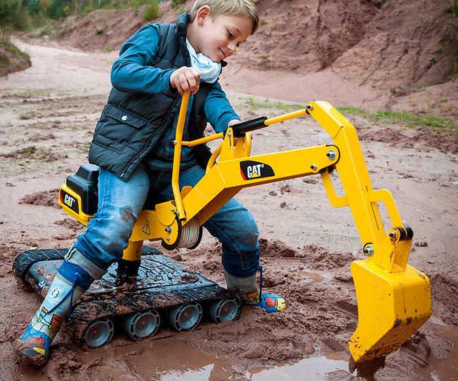 Ride-On 360-Degree Excavator Digger
