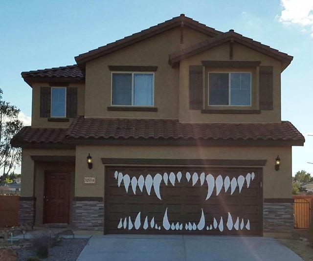 Scary Garage Teeth Kit