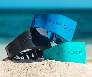 COOL GADGET# SHARK REPELLENT BAND