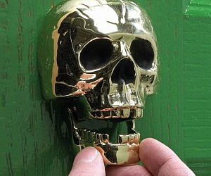 Superbe Skull Door Knocker