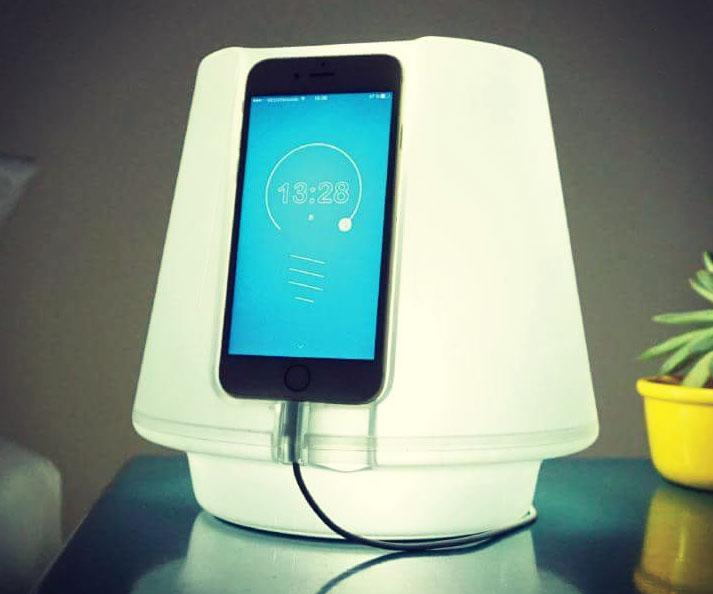 Smartphone Powered Lampless Lamp