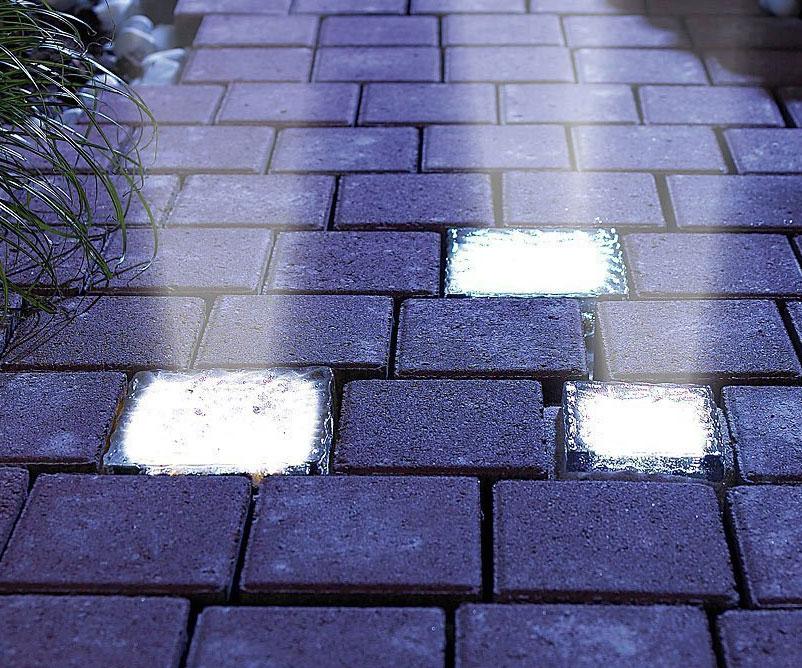 Solar Powered Light Up Bricks