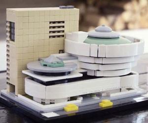 Guggenheim Museum LEGO Set
