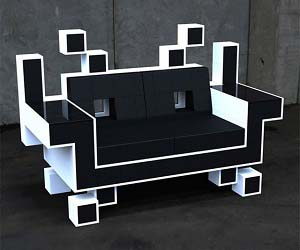 4bb36dab237b space-invaders-couch.jpg