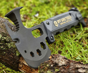 The Off Grid Survival Axe