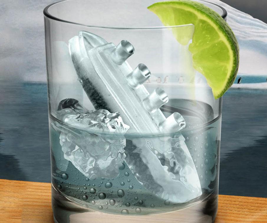 titanic-ice-cube-mold1.jpg