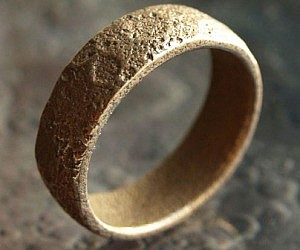 Topographically Correct Moon Ring