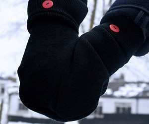 Holding Hands Glove