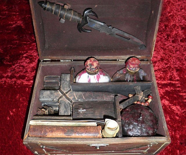 Vampire Hunting Kits An In Thing In The 18th Century Im Sure