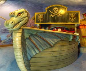 Luxury Viking Ship Bed