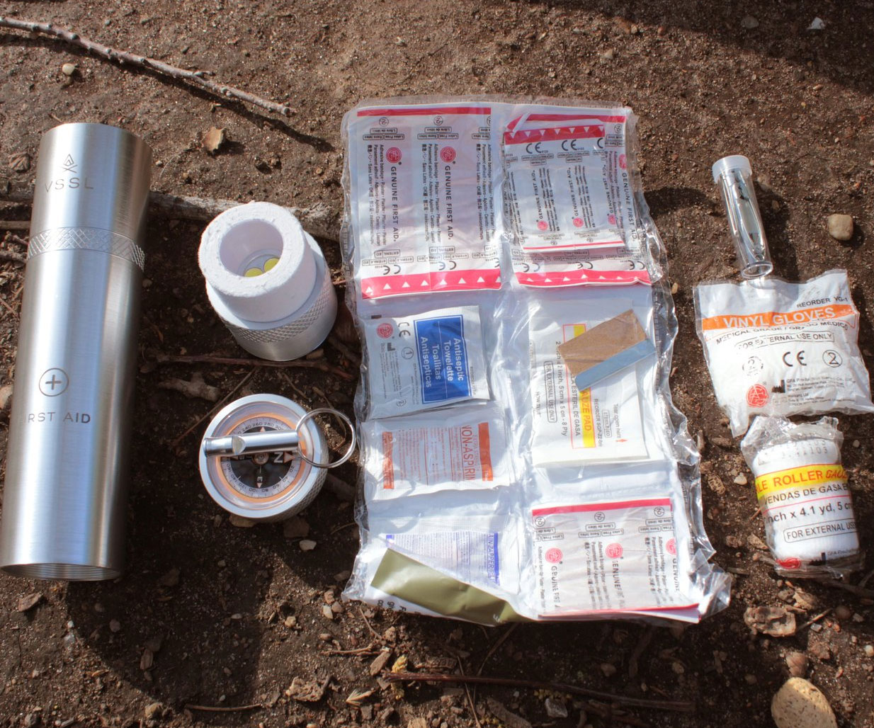 VSSL First Aid Container