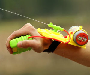 Wrist Water Gun
