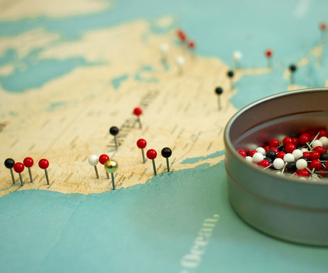 diy world map and pins