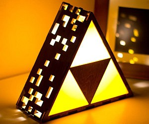 Zelda Triforce Lamp
